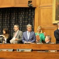 美國參眾兩院外委會通過「香港人權法案」 授權政府點名制裁侵權者