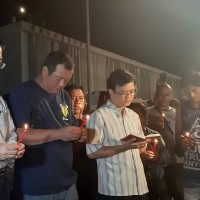 100 Filipino, Indonesian fishermen pray for victims of Taiwan bridge collapse