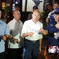 Kaohsiung shrimp fishing restaurant customers yell at Han to 'go away'