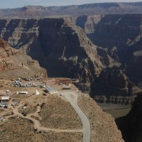 Four Taiwanese students injured in car accident near Grand Canyon