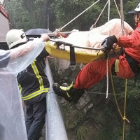 Motorcyclist thrown from bike into rocky ravine in S. Taiwan