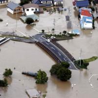 颱風哈吉貝重創日本  14條河川氾濫 至少10死