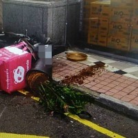 Scene of Foodpanda crash. (Taoyuan Police Department photo)