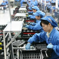 Wages in Chinese manufacturing sector stagnate
