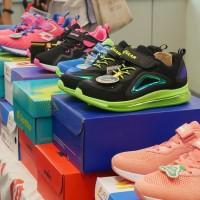 新北市好日子平台「鞋力同行」 750戶弱勢家庭獲新鞋
