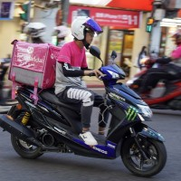Taiwan food delivery drivers make NT$42,000 per month, well above average wage