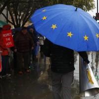 英首相強森新版脫歐協議 國會19日表決定生死