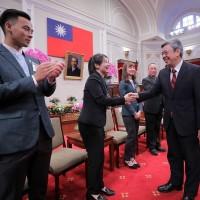 勉勵臺灣最佳代言人 副總統接見國際及新南向農業青年