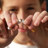 美國CDC:未成年孩童接觸菸害 增加罹患肺阻塞風險