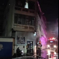 Taiwanese, Vietnamese suffer smoke inhalation injuries from fire in Taichung dorm