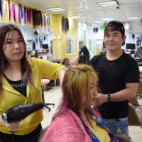 為愛轉職美髮師 台灣勞動部助新住民剪出新人生