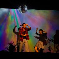 台灣之光!超台舞台劇法國首演 一生濃縮成半小時超挑戰