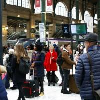 【抗議退休新制】法國大罷工致全國停擺 總統馬克宏呼籲「聖誕休戰」