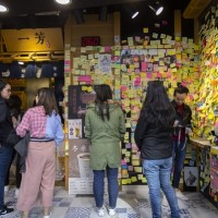 Hong Kong defends autonomy with 'yellow ribbon' economy