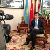 新疆再教育營惹議 中國外交官嗆:不懂普通話談何人權?