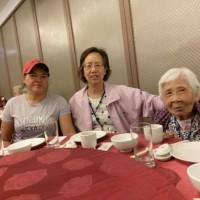 印尼看護工待長輩如家人般熱心 傑出表現獲頒模範移工