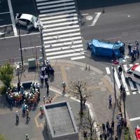 日本街頭不平靜 又傳公車衝撞行人1死7傷