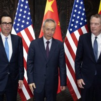 Trump threatens 10% tariffs on China starting Sept. 1