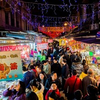 Taipei's Dihua Street launches sales for Lunar New Year