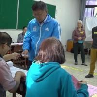 【台灣2020大選】早起投票仍排隊半小時 柯文哲:可嘗試電子化投票、減少等待時間