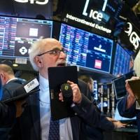 美股28日再挫357點 單週跌幅12%、2008金融海嘯以來最糟