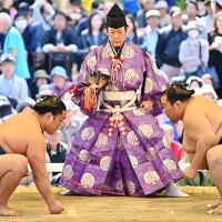 Japan sumo tournament to be held without live audience for first time