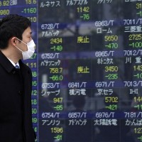 Asian shares plunge after Wall Street's worst day since '87