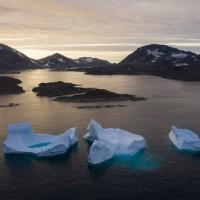 南極、格陵蘭融冰加速 25年損失6.4兆噸冰層