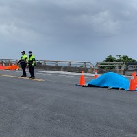 Woman in critical condition after hitting cattle on highway in E. Taiwan