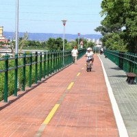 A new venue for outdoor activities in C. Taiwan: Caohu River Bikeway