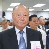 Taiwan's former deputy defense minister killed in single-car crash