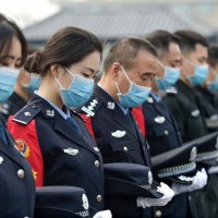 China mourns Wuhan virus dead