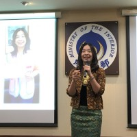 Indonesian new immigrant in Taiwan shares fruits of her labor amid COVID-19 pandemic