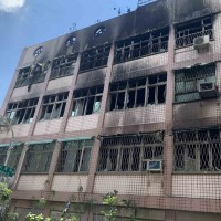 Fire takes five lives in Kaohsiung