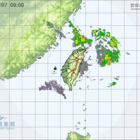 台灣東半部局部短暫陣雨 4縣市高溫警示