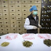 中國力推「蓮花清瘟」抗武漢肺炎 瑞典打臉「成分只是薄荷醇」