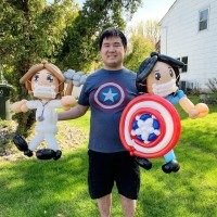 Taiwanese-American balloon artist thanks essential workers