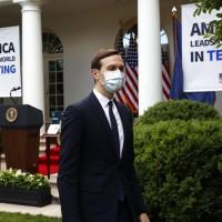 武漢肺炎直逼白宮 美國官員戴上台灣口罩保平安