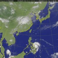今年首颱「黃蜂」增強 氣象局:已轉中颱周末料影響台灣東半部