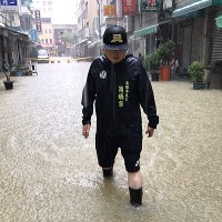 Torrential rains to ease Saturday across Taiwan, but threat remains