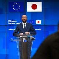 EU calls on China to respect Hong Kong's autonomy