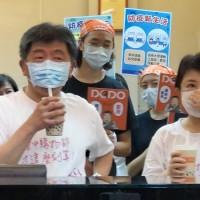 【阿中牌奏效?!】墾丁周末遊客擠爆 台灣業者驚:10幾年沒看過這種人潮