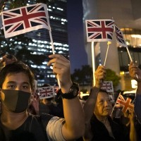 UK foreign secretary pledges to defend Hong Kong's autonomy