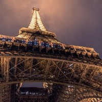 法國巴黎艾菲爾鐵塔6月25日重新開放 遊客須遵守防疫措施