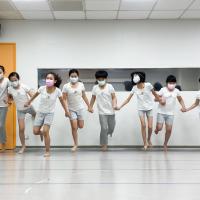 台灣雲門舞集登上國際期刊封面 親子身心發展課程夏季開跑