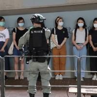 「港區國安法」生效、傳北京擬派數百武警常駐香港 學者:台灣人別因此開始「自我審查」