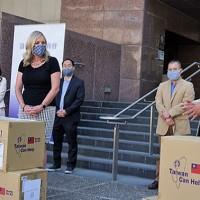 Taiwan donates 400,000 medical masks to LA amid 'COVID fatigue' in US