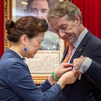 Dutch envoy to Taiwan awarded Economic Professional Medal