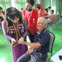 全臺第一位越籍新住民同濟會長 辦異國服裝秀關懷弱勢