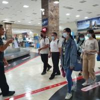 高雄移民署實習生機場巡禮 拓展國際視野再升級